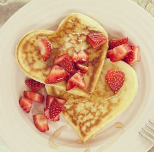 54eb767499a37_-_camille-styles-heart-shaped-pancakes-2-5-14-original